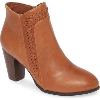 Mia Fab Bootie, Brown