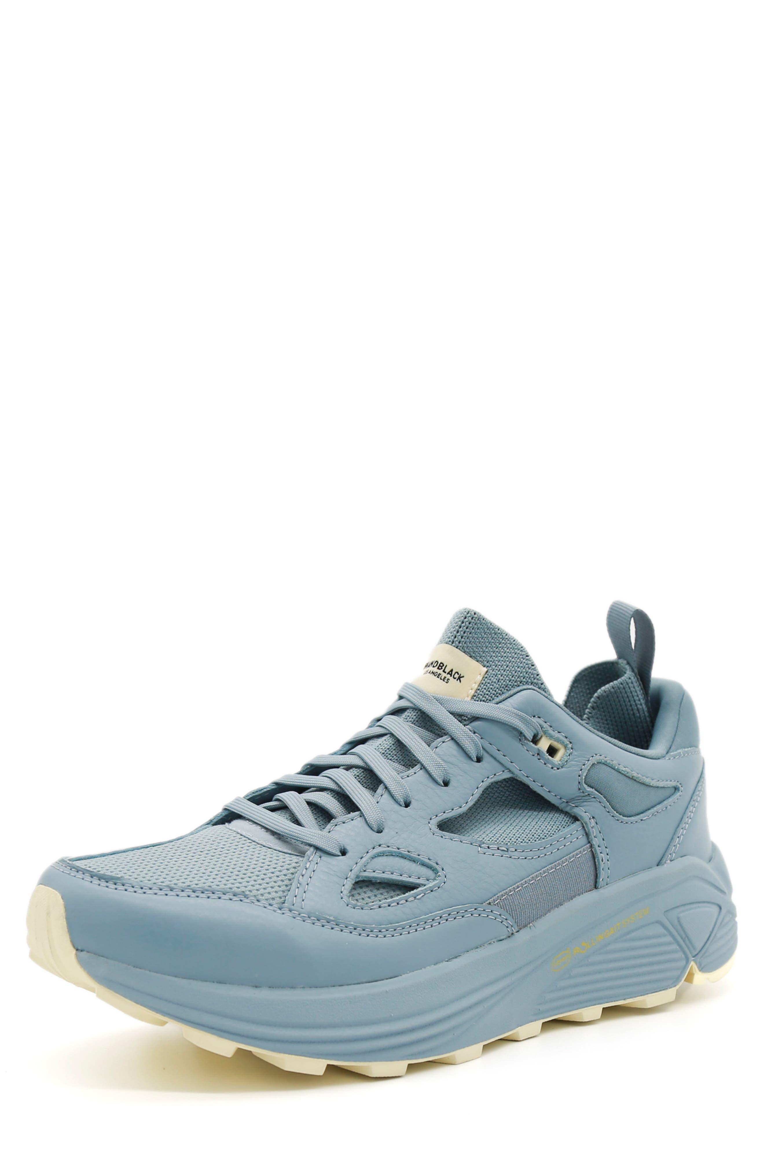 Aura 130 Sneaker