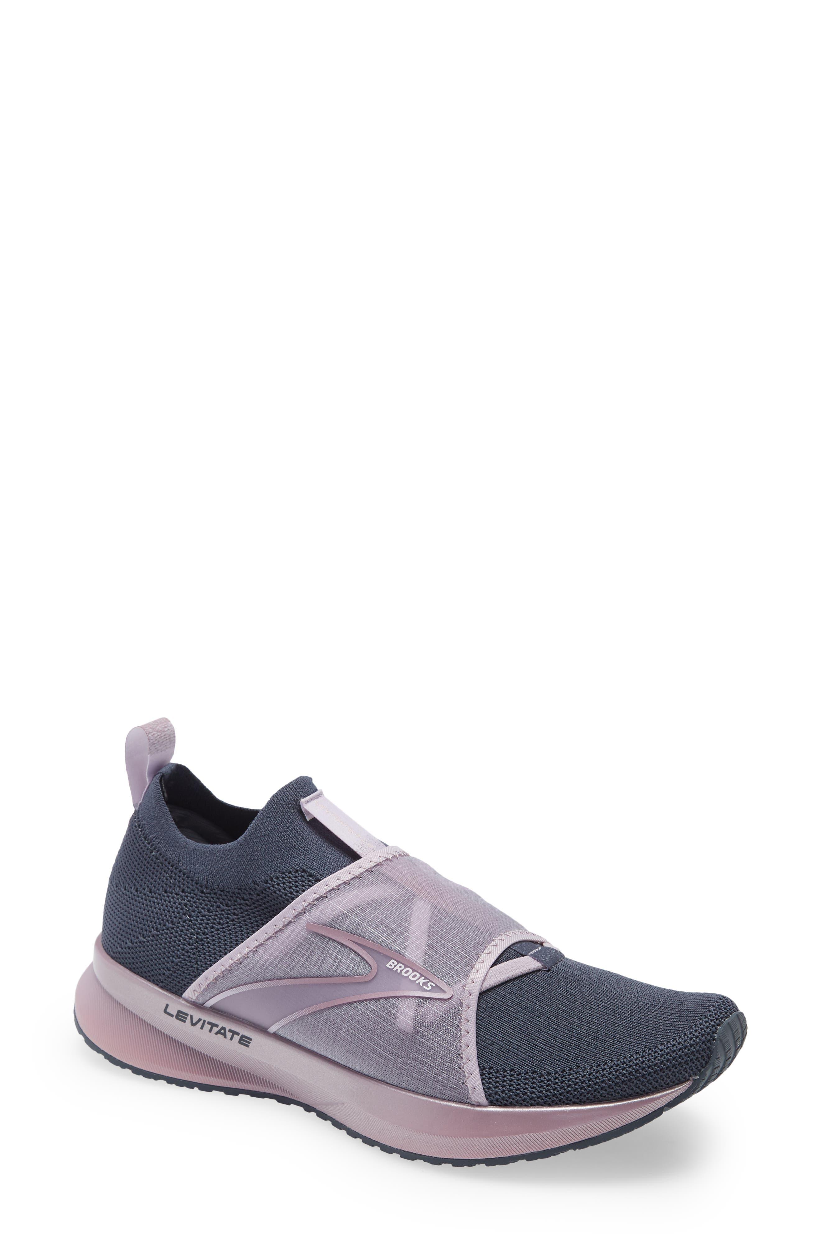 Levitate 4 Le Running Shoe