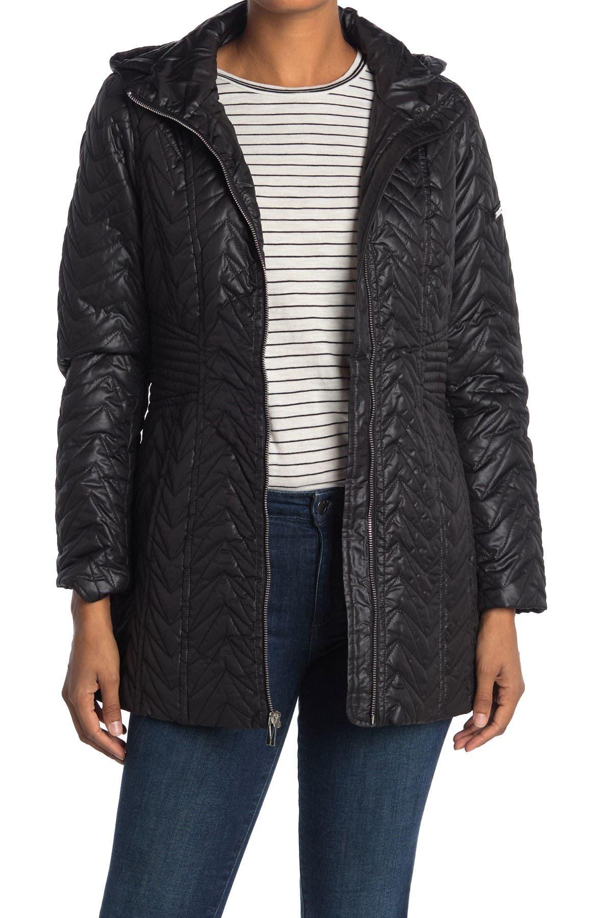 Image of Via Spiga Zigzag Detachable Hooded Puffer Jacket