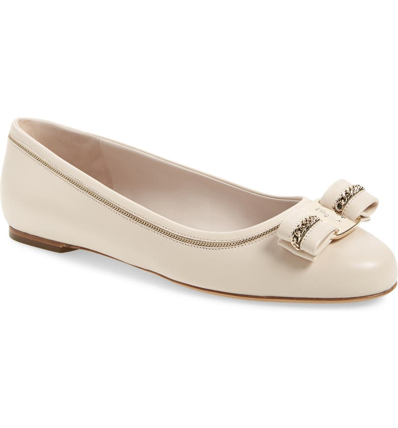 SALVATORE FERRAGAMO Varina Lux Chain Bow Flat, Main, color, BONE