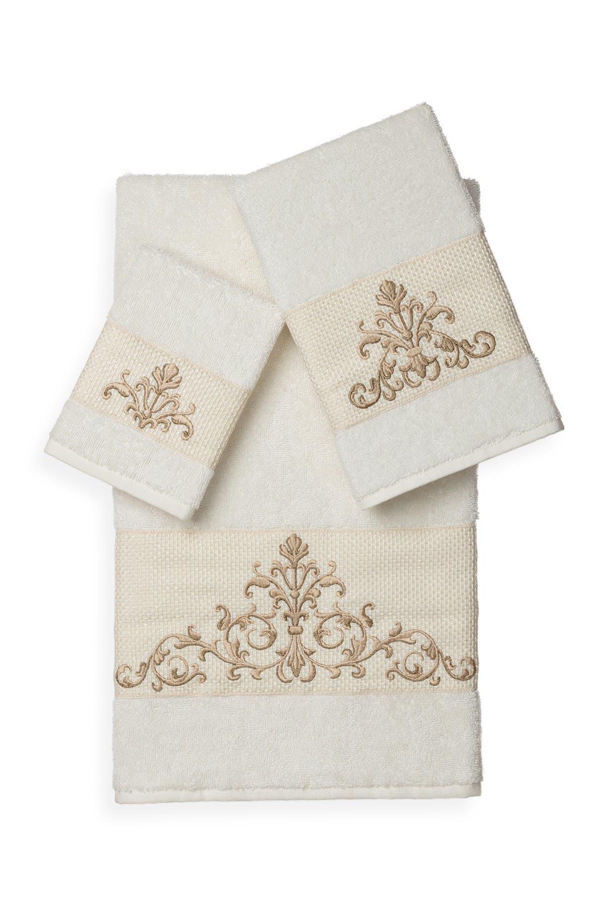Image of LINUM HOME Scarlet 3-Piece Embellished Towel Set - Cream