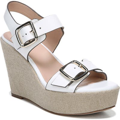 27 Edit Cait Wedge Sandal, White