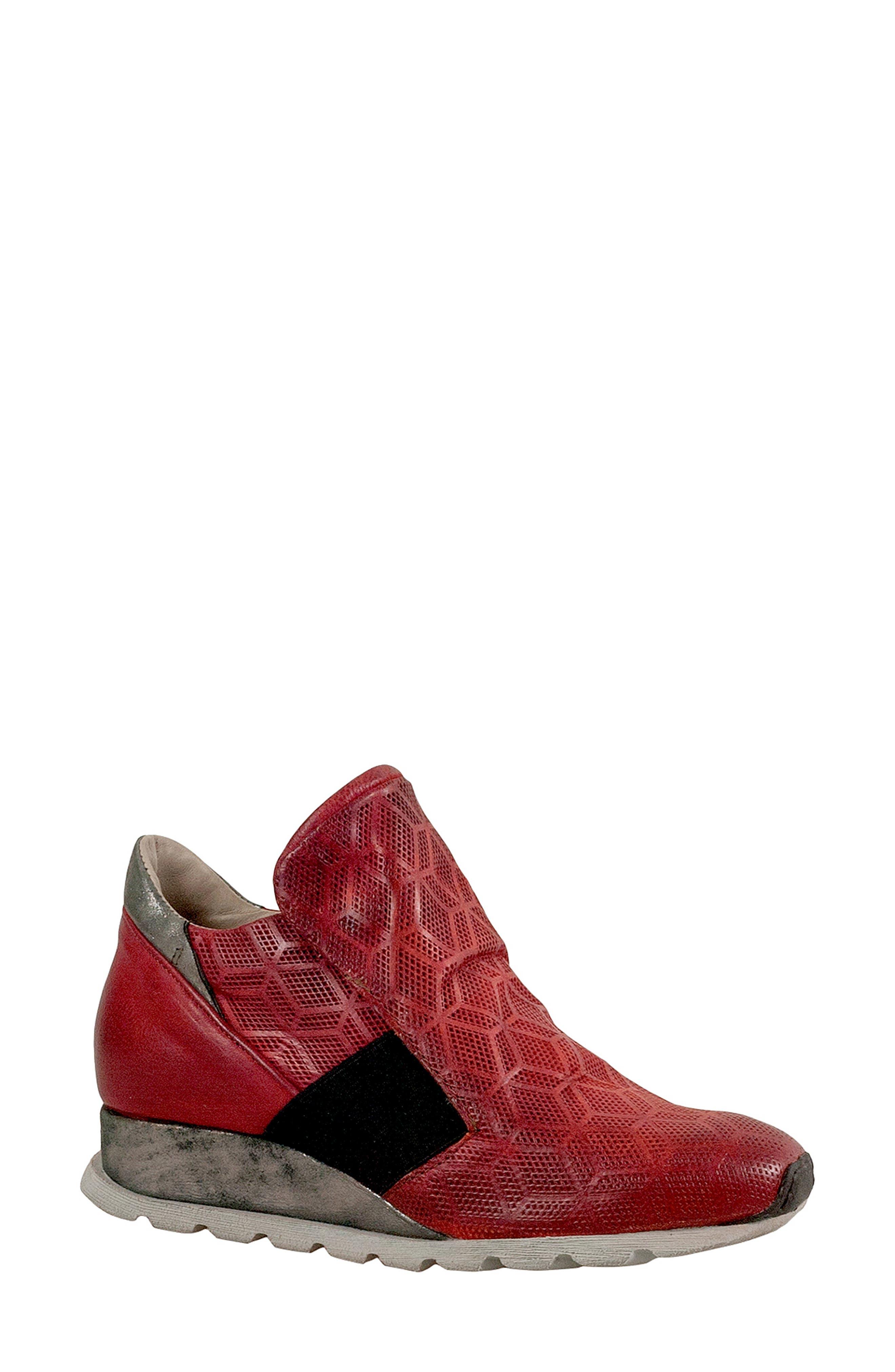 Miz Mooz Canarsie Sneaker, Red