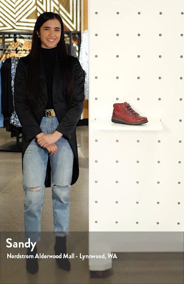 Lina 09 Bootie, sales video thumbnail