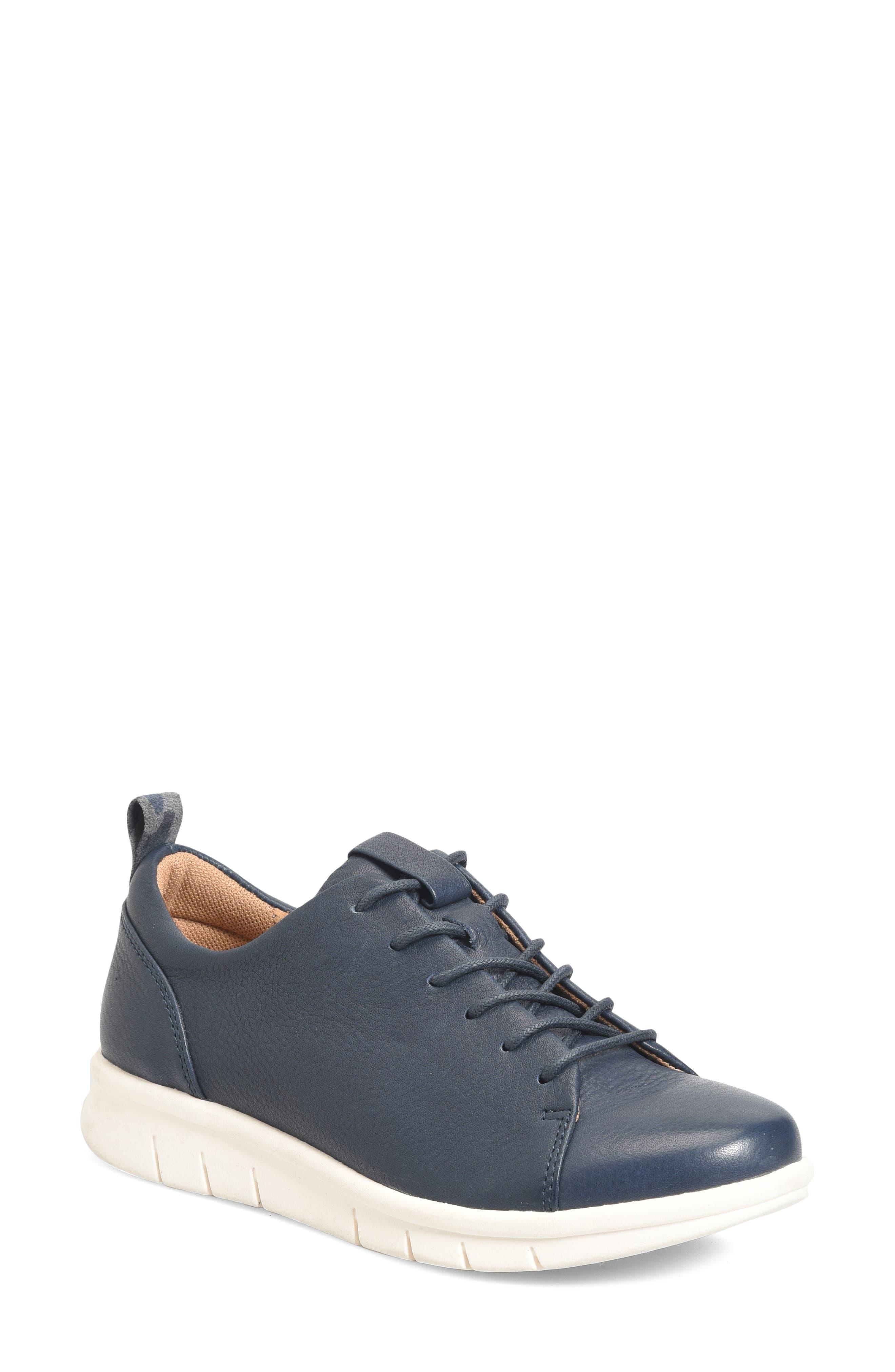 Comfortiva Cayson Sneaker
