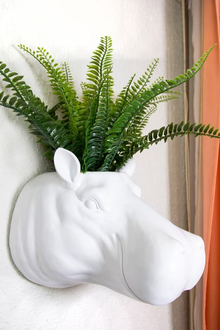 Image of WalPlus White 2 in 1 White Faux Taxidermy Hippo Flower Pot Wall Hanging Plant Pot Home Garden Decoration