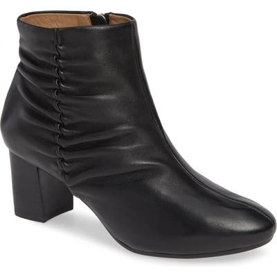 Bettye Muller Concepts Deena Bootie, Black