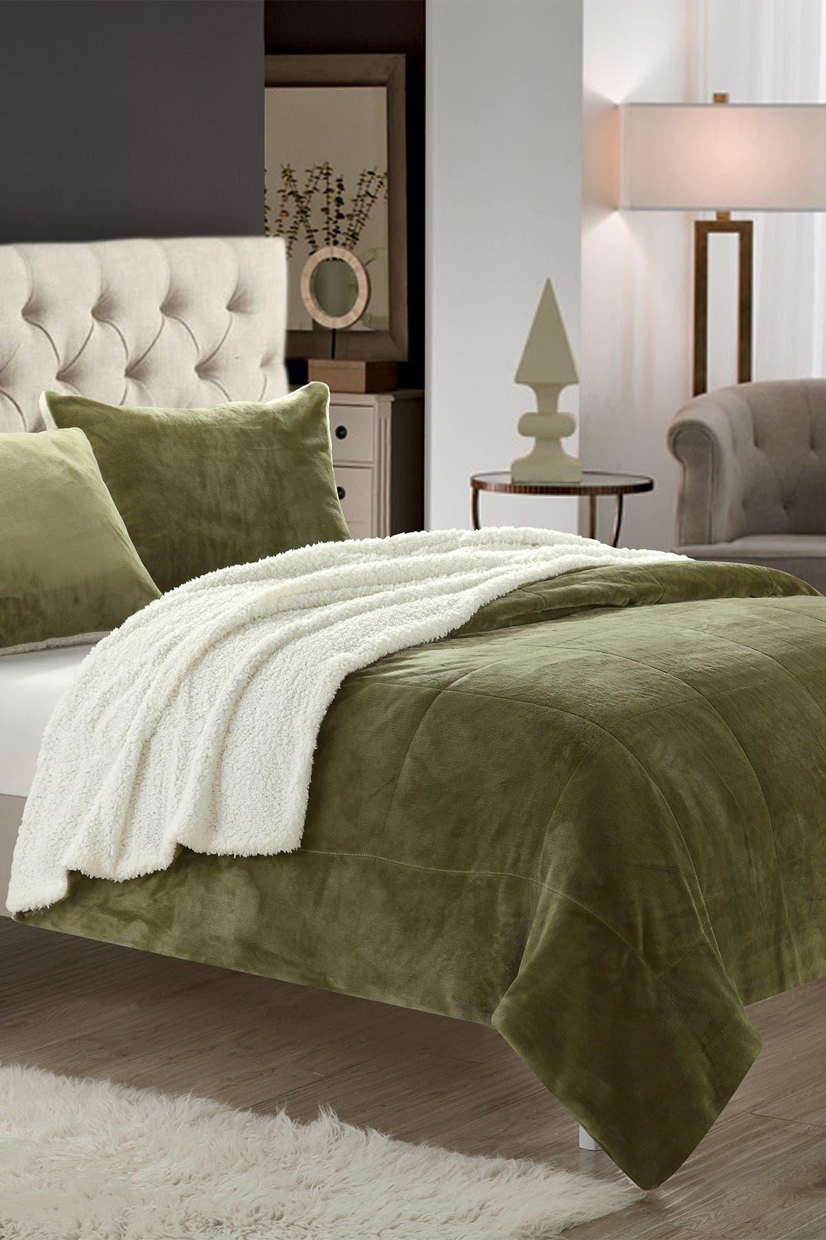 Image of Chic Home Bedding King Evelyn Blanket Set - Green