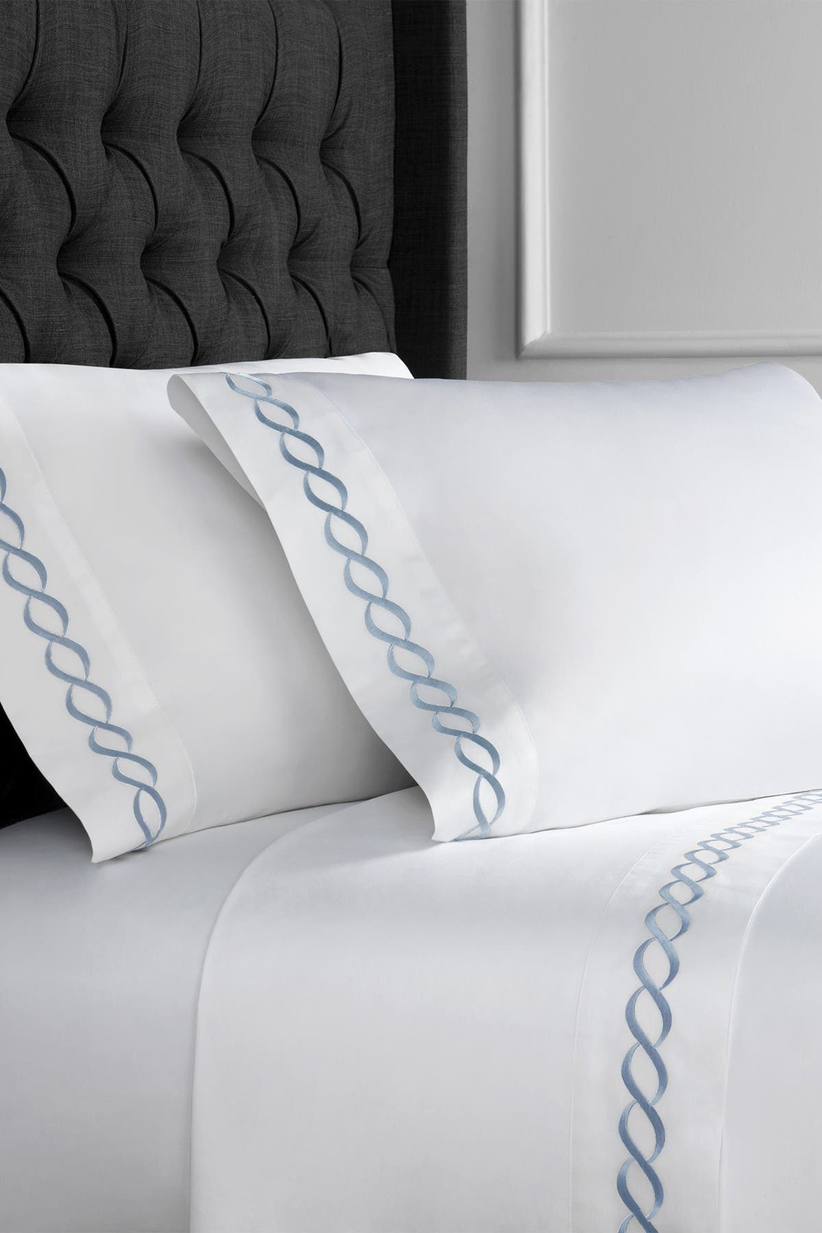 Image of Melange Home King 600 Thread Count Cotton Rope Embroidered Sheet 4-Piece Set
