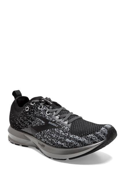Image of Brooks Levitate 3 Running Sneaker
