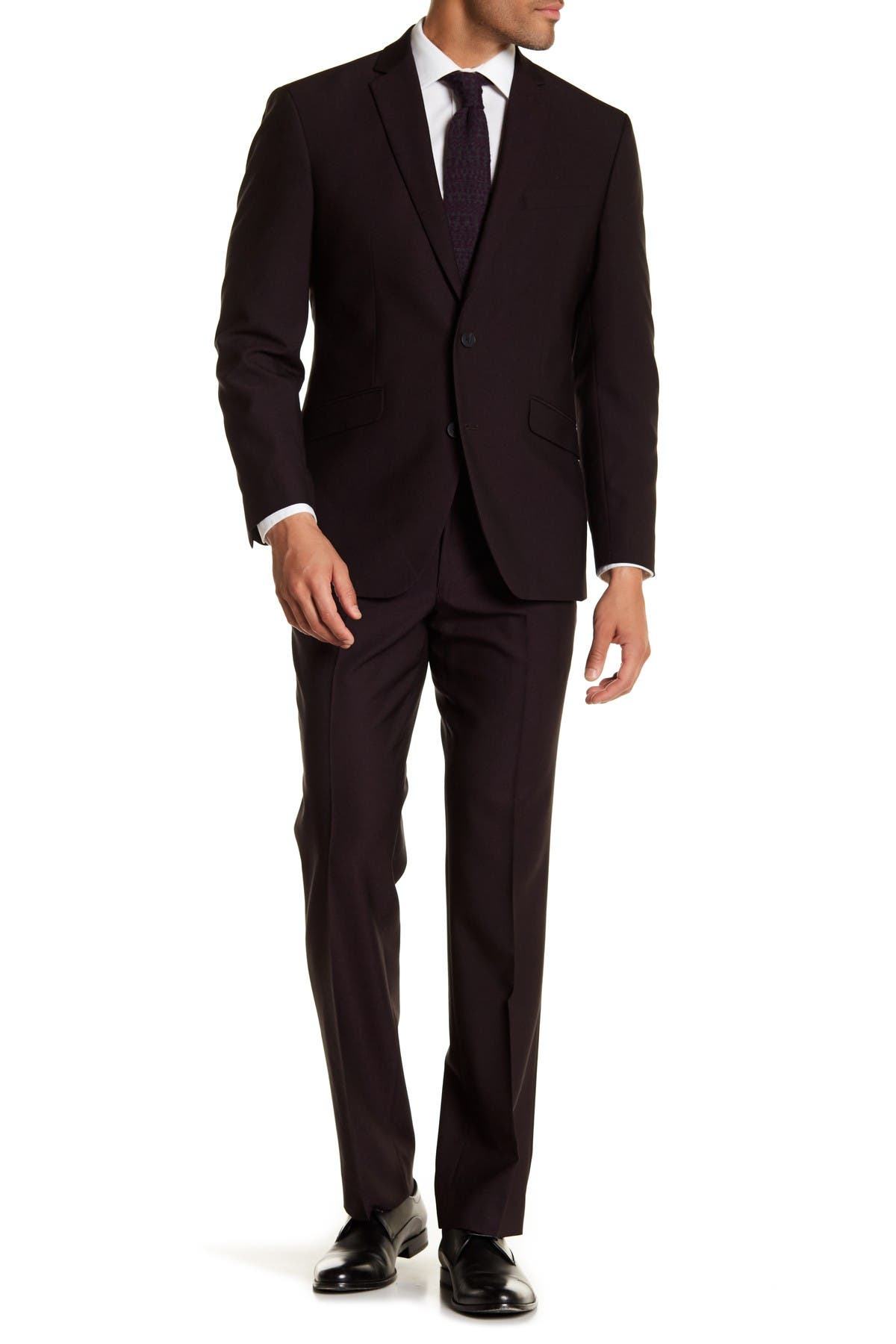 Image of Kenneth Cole Reaction Burgundy Solid Two Button Notch Lapel Performance Stretch Slim Fit Suit