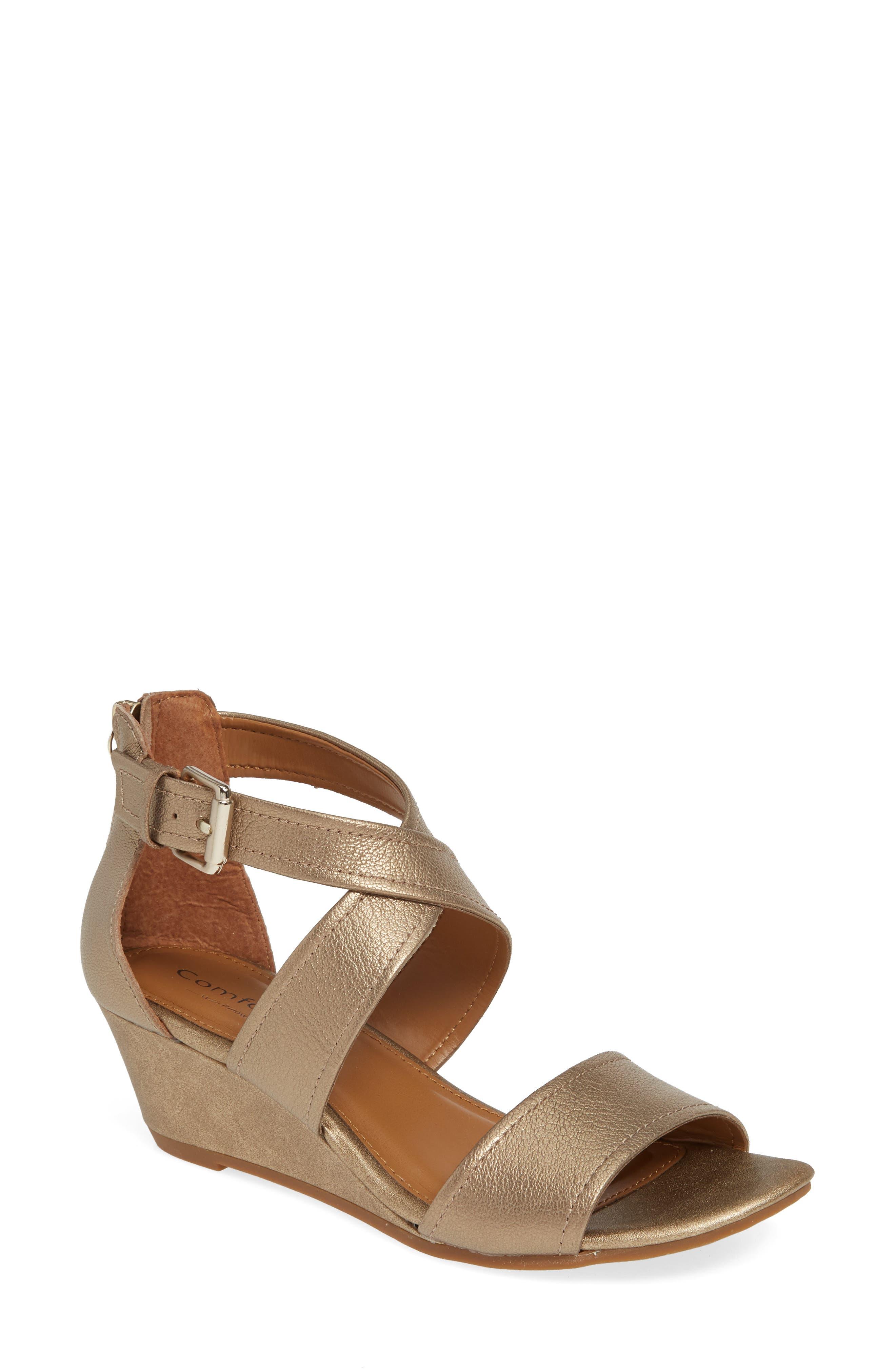 Rabea Wedge Sandal
