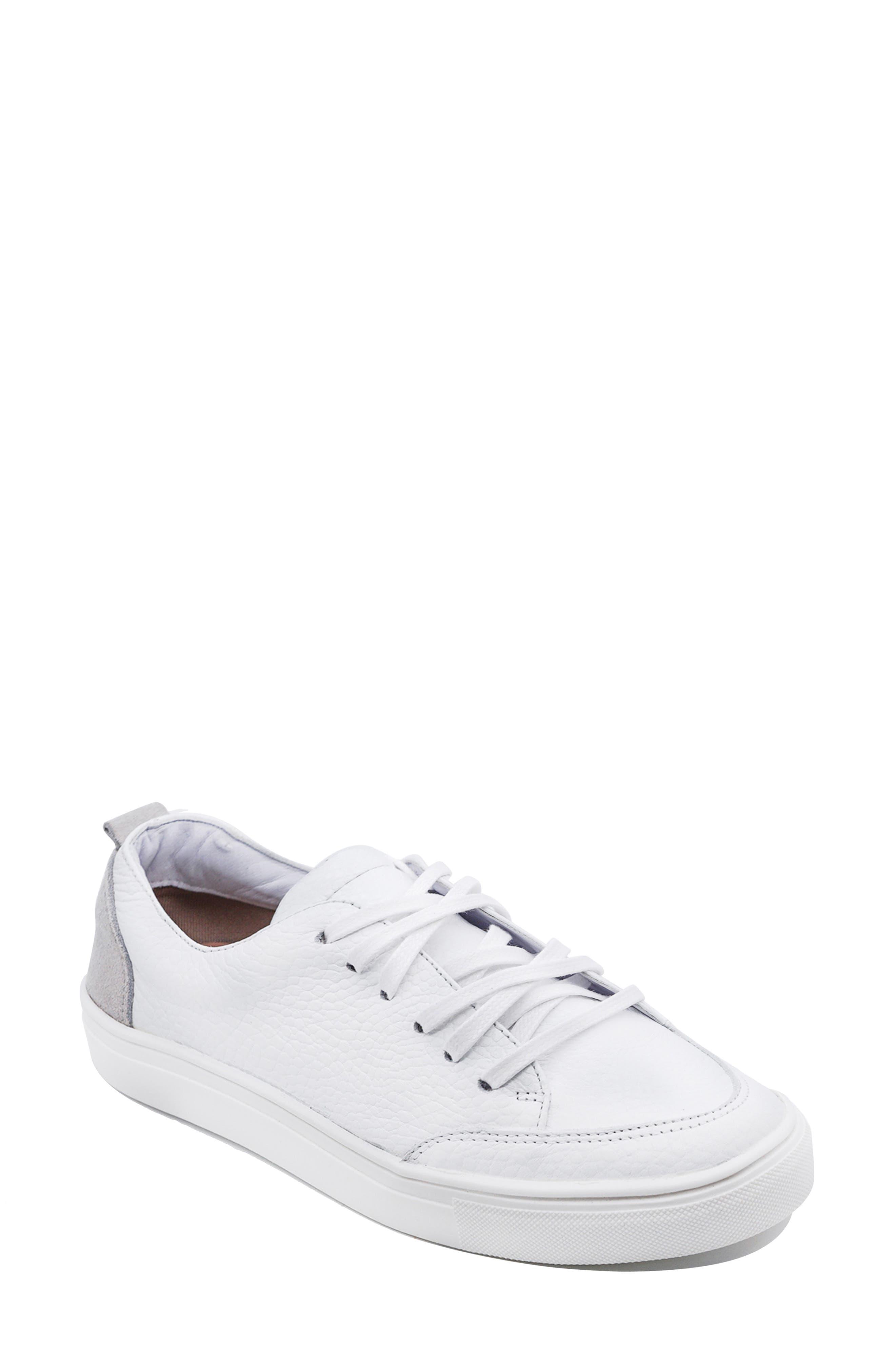 X Jessie James Decker Paris Low Top Sneaker