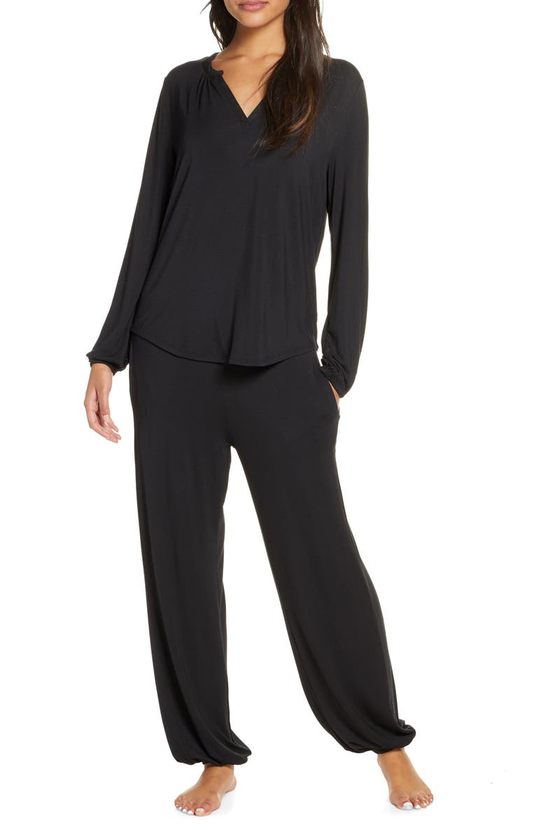 BAREFOOT DREAMS<SUP>®</SUP> Namaste Two-Piece Lounge Set, Main, color, BLACK