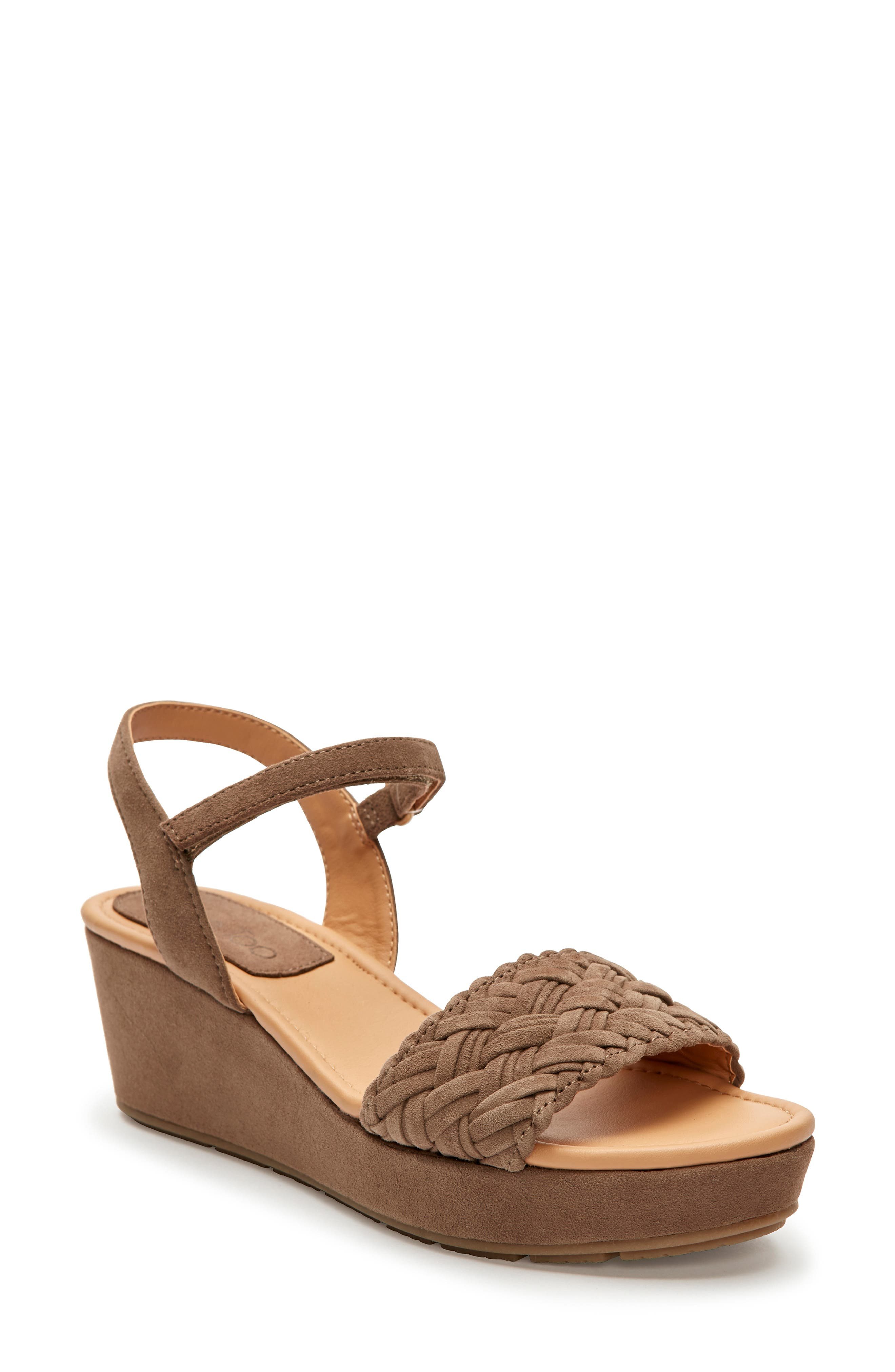 Me Too Abella Wedge Sandal, Brown