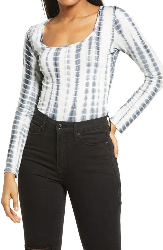 Kendall + Kylie Back Cutout Tie Dye Top In Black/ White
