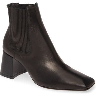 Miista Betta Chelsea Boot - Black