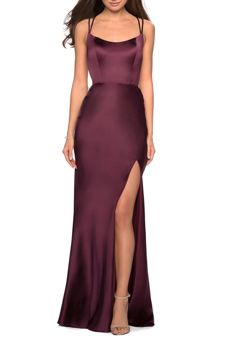LA FEMME Strappy Back Fitted Satin Evening Dress, Main, color, WINE
