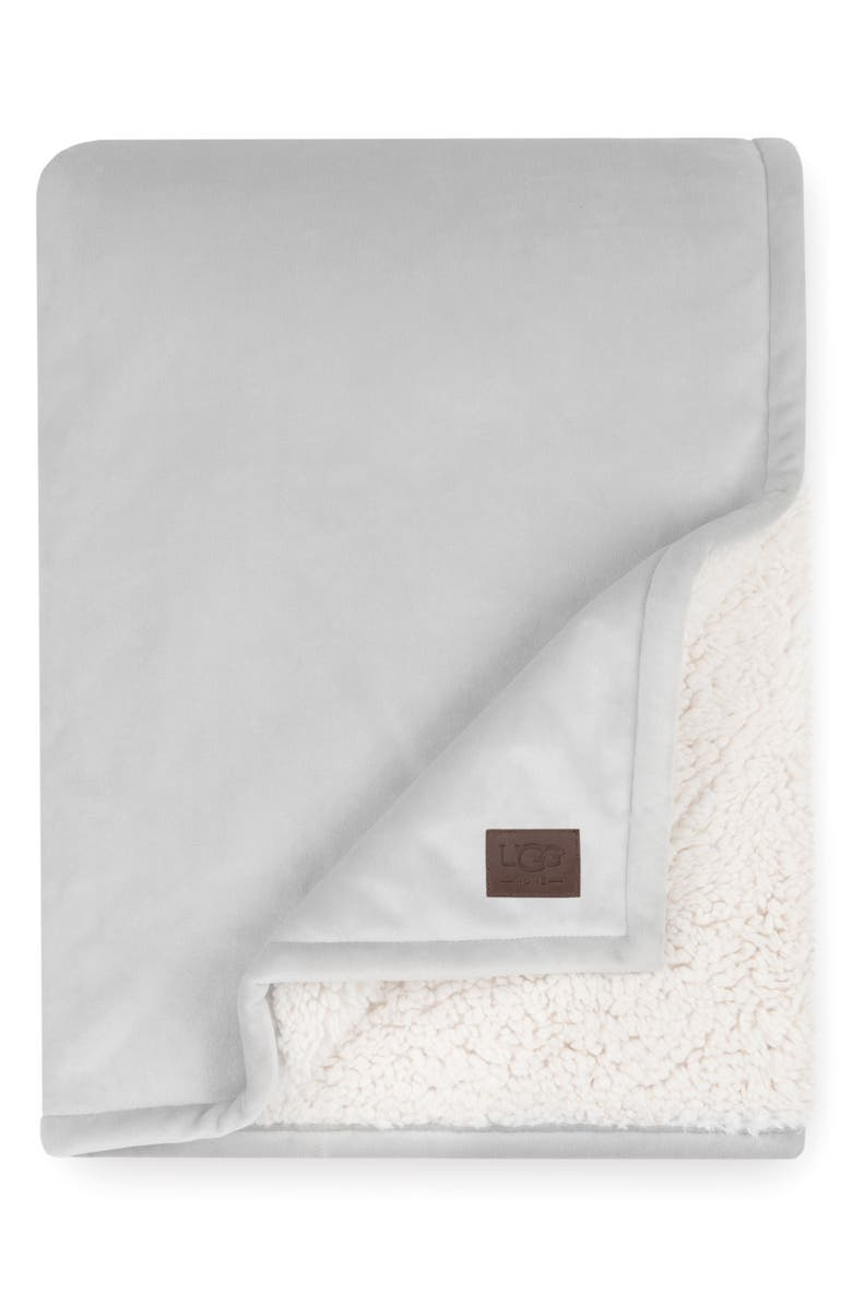 UGG<SUP>®</SUP> Bliss Fuzzy Throw, Main, color, SEAL
