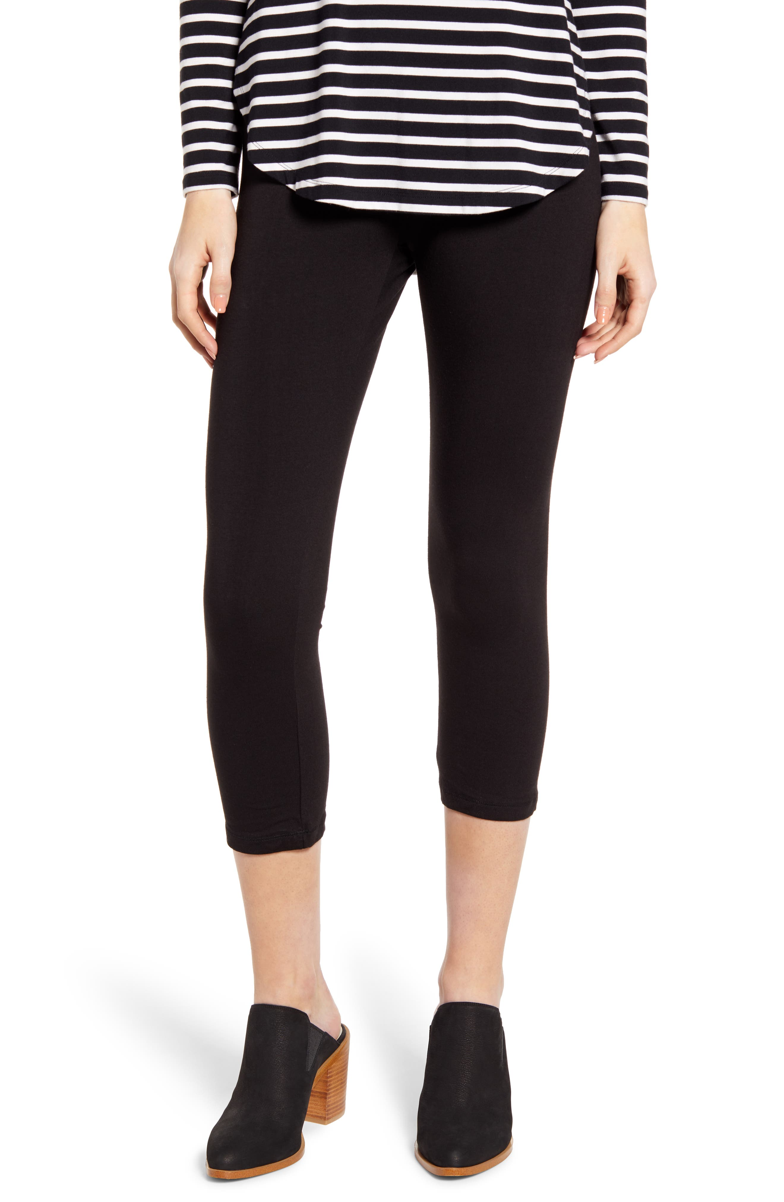 Plus Size Hue Ultra Wide Waistband Capri Leggings, Black