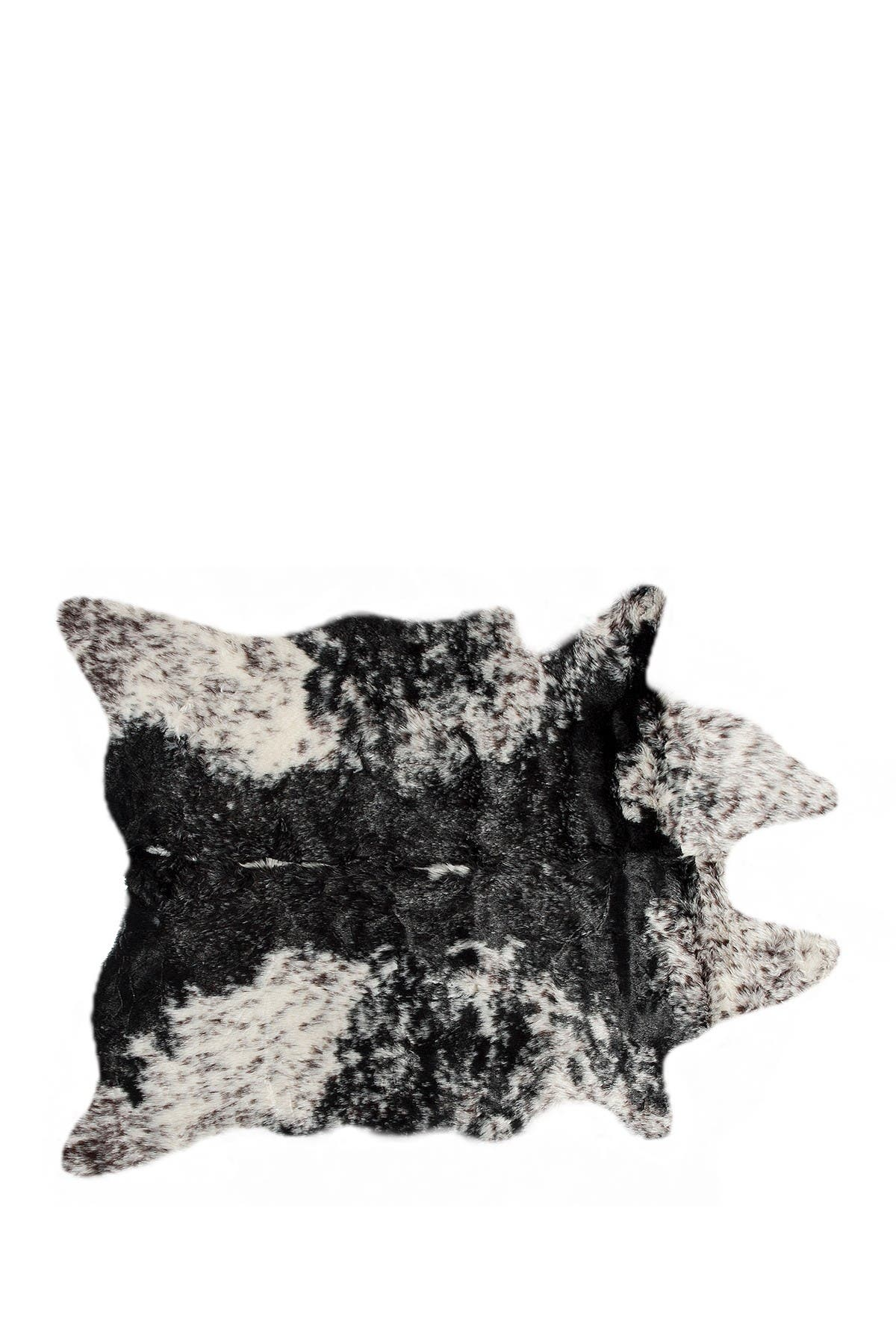 Image of LUXE Edinburgh Black/White Faux Hide Rug - 4.25 ft x 5ft