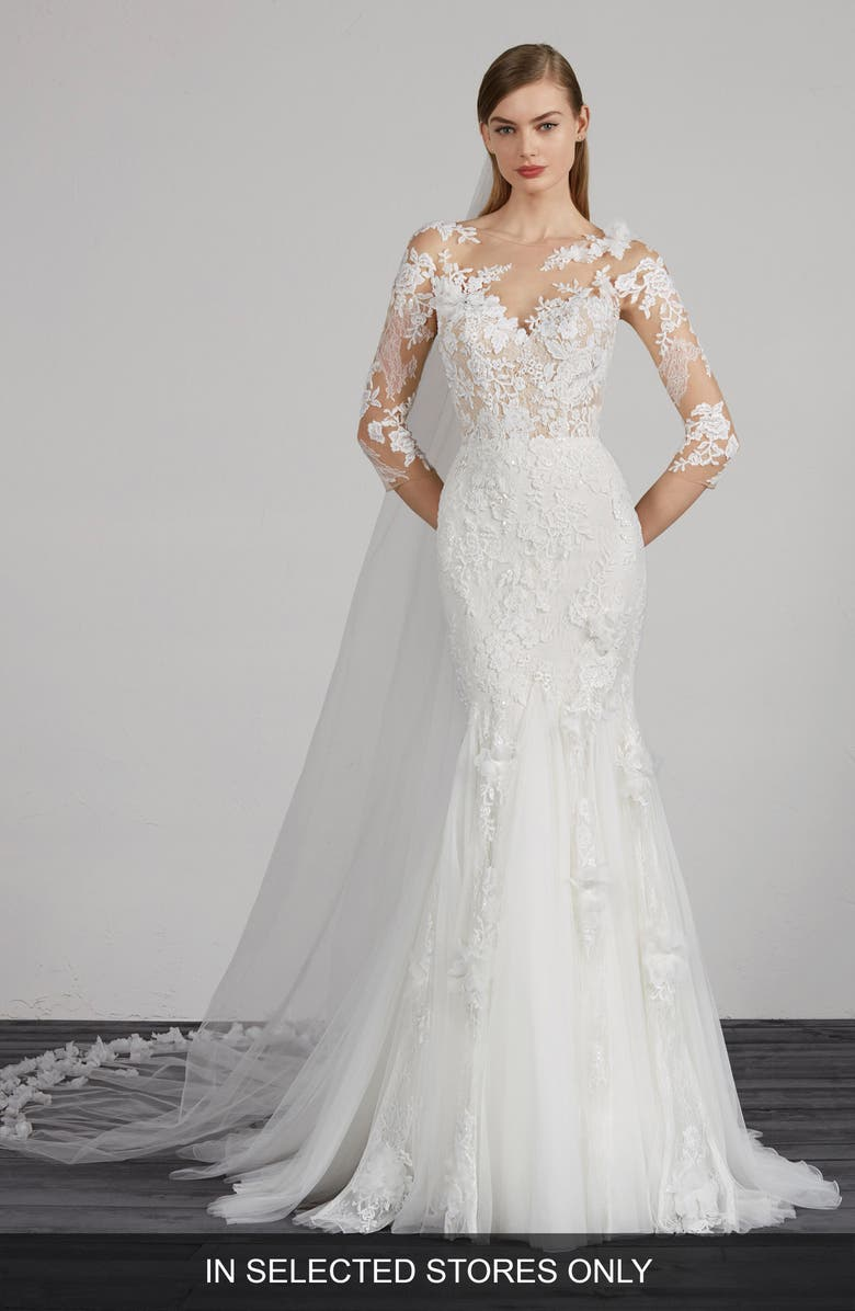 PRONOVIAS Maden Lace & Tulle Mermaid Gown, Main, color, OFF WHITE/ CRST/ ND