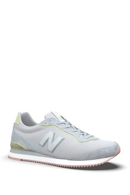 Image of New Balance Sola Sleek Classic Running Shoe
