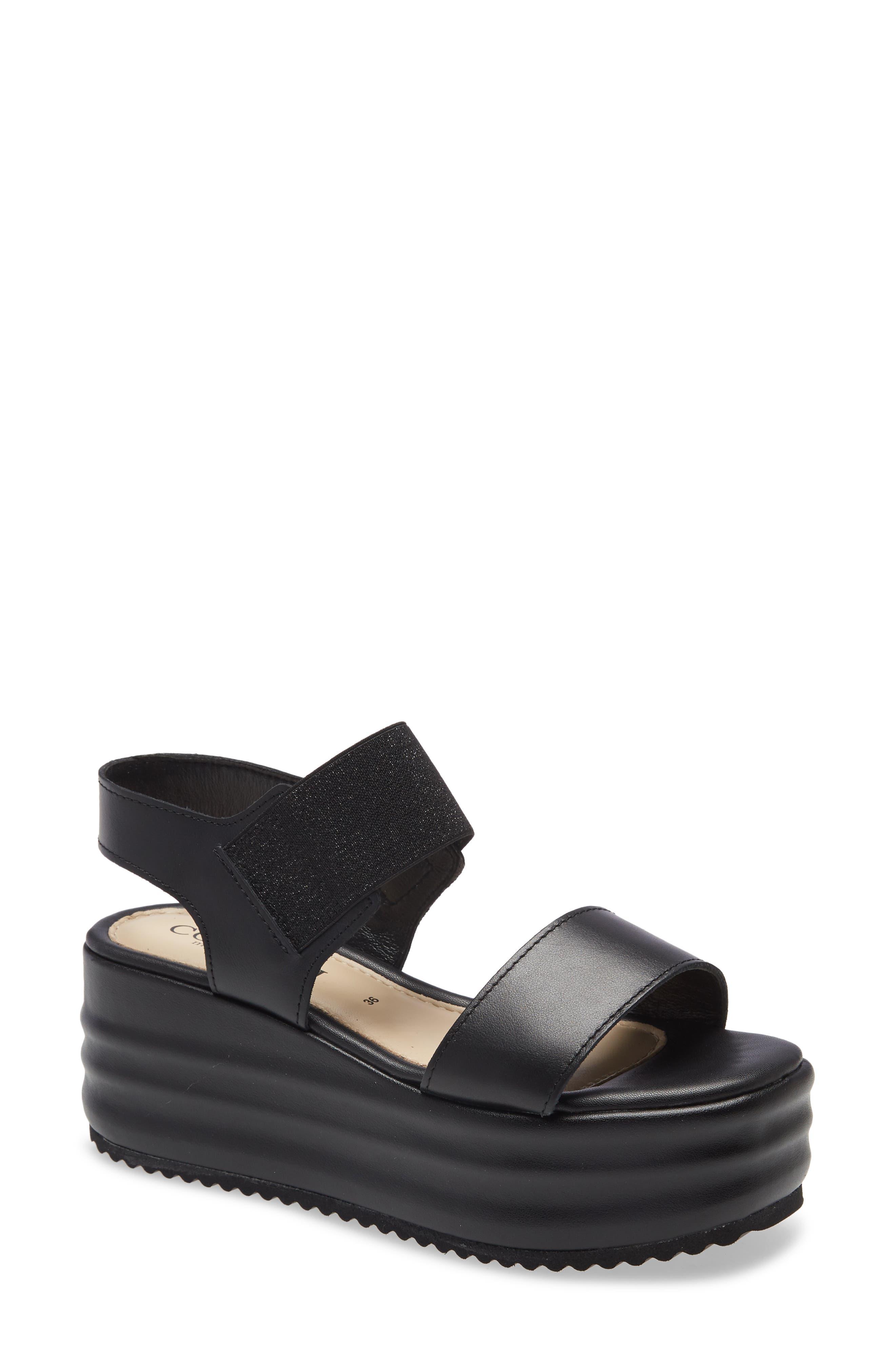Yield Platform Sandal
