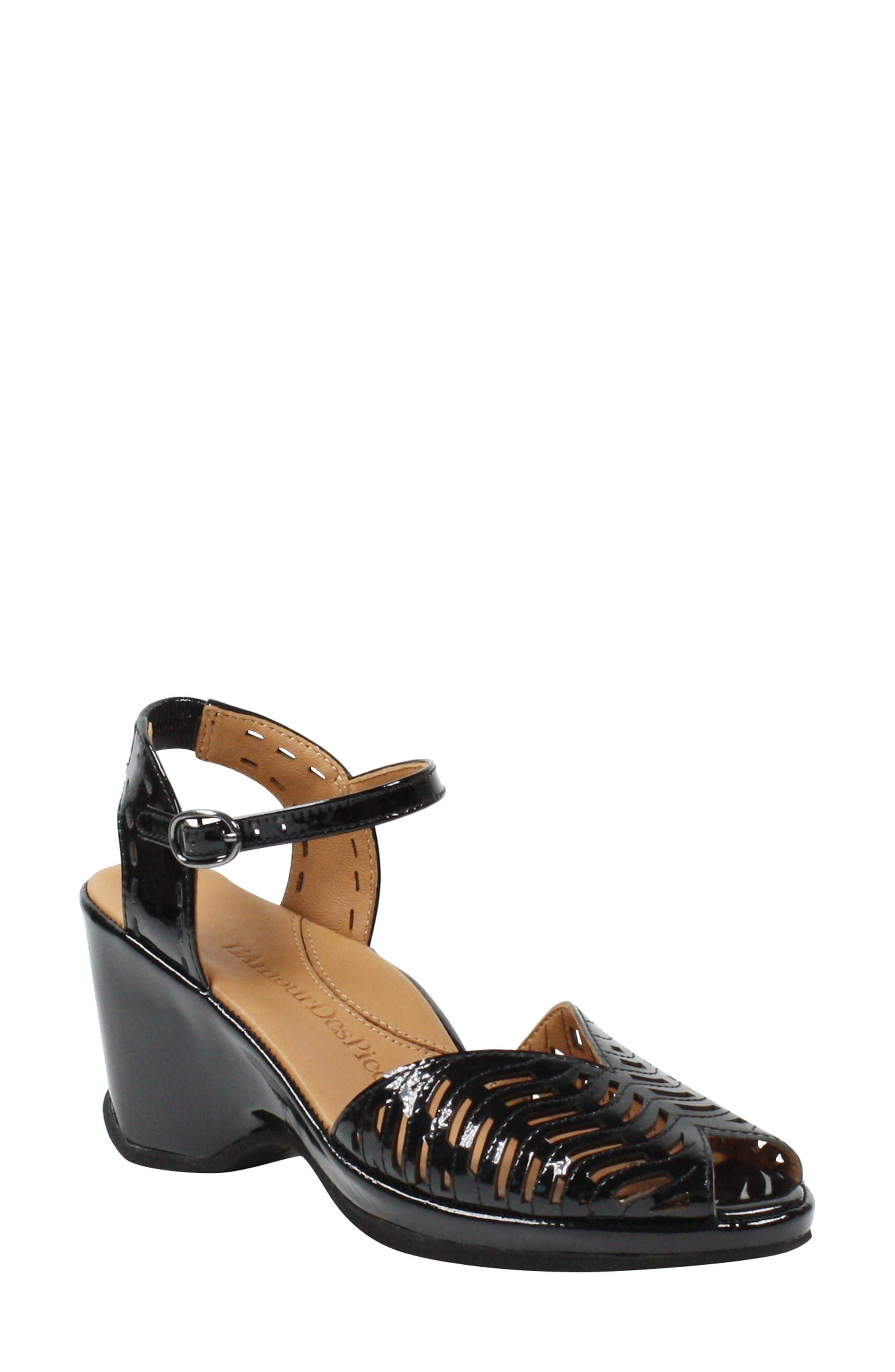 1940s Style Shoes, 40s Shoes Womens LAmour Des Pieds Oanez Wedge Sandal Size 9.5 M - Black $218.95 AT vintagedancer.com