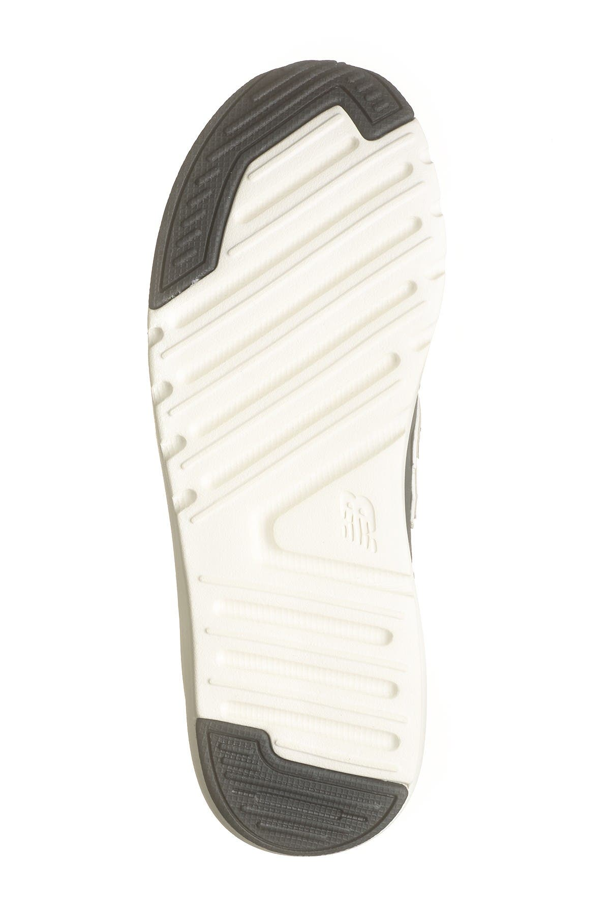 New Balance | 009 Running Sneaker