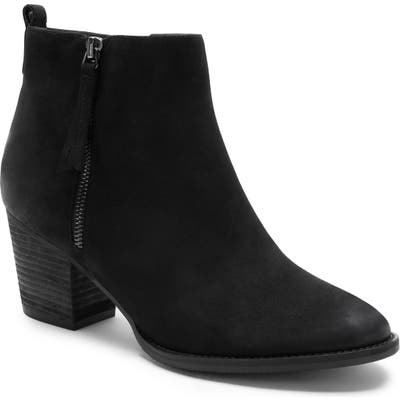 Blondo Vegas Ii Waterproof Bootie, Black