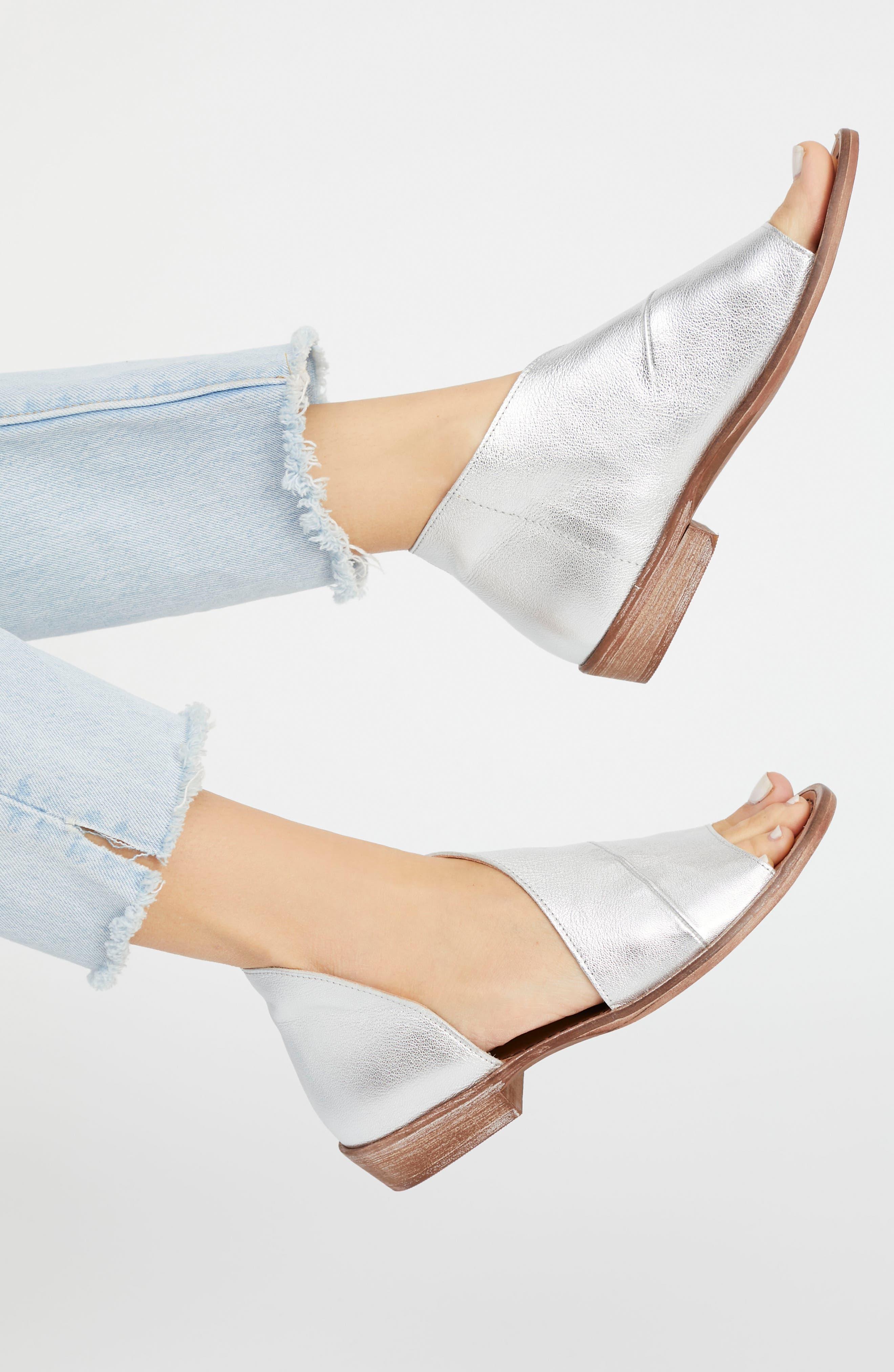 ,                             'Mont Blanc' Asymmetrical Sandal,                             Alternate thumbnail 10, color,                             NATURAL