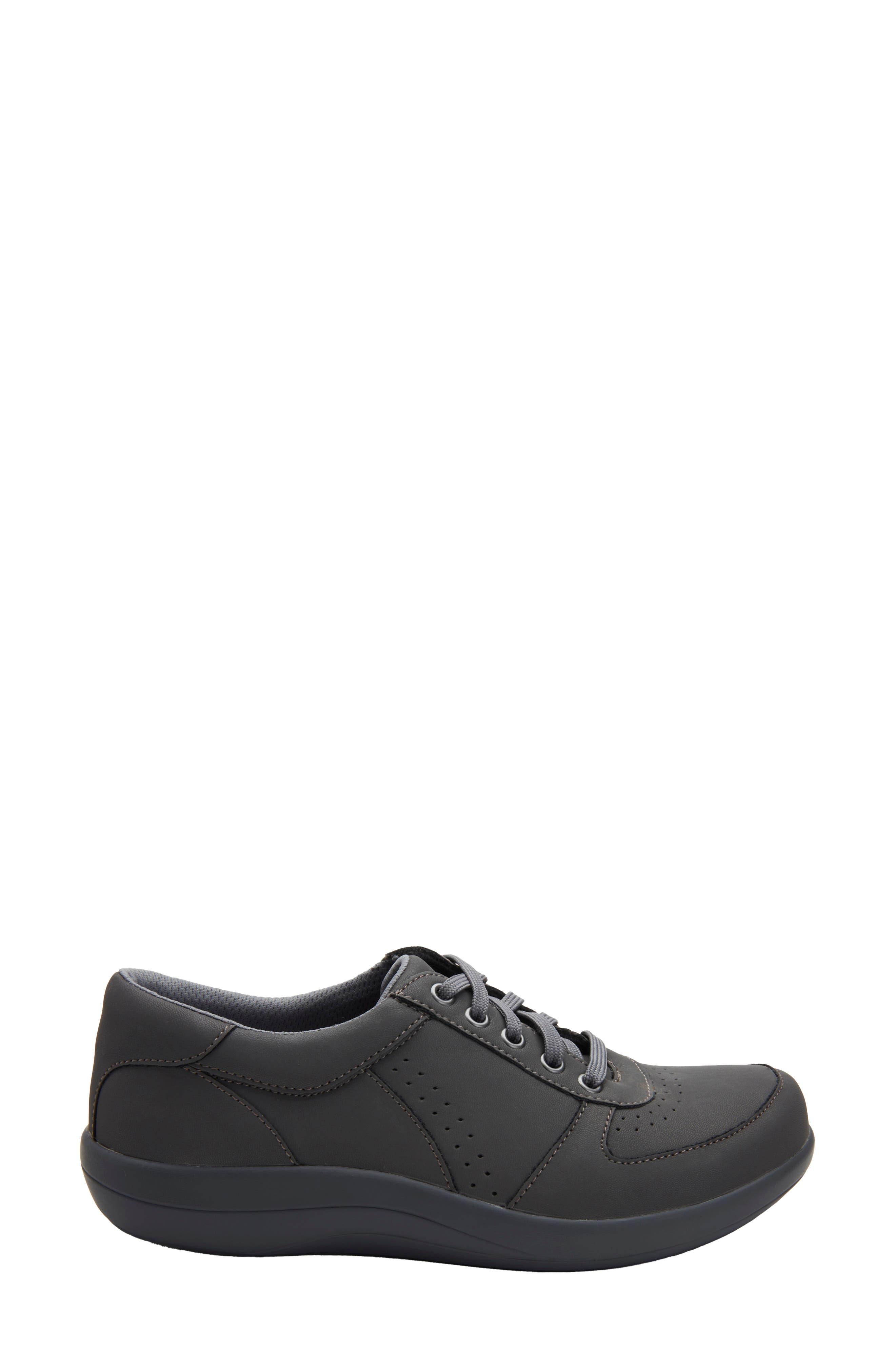 Women's Alegria Daphne Sneaker