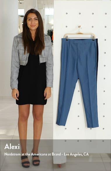 Peardrop Crop Skinny Fit Pants, sales video thumbnail