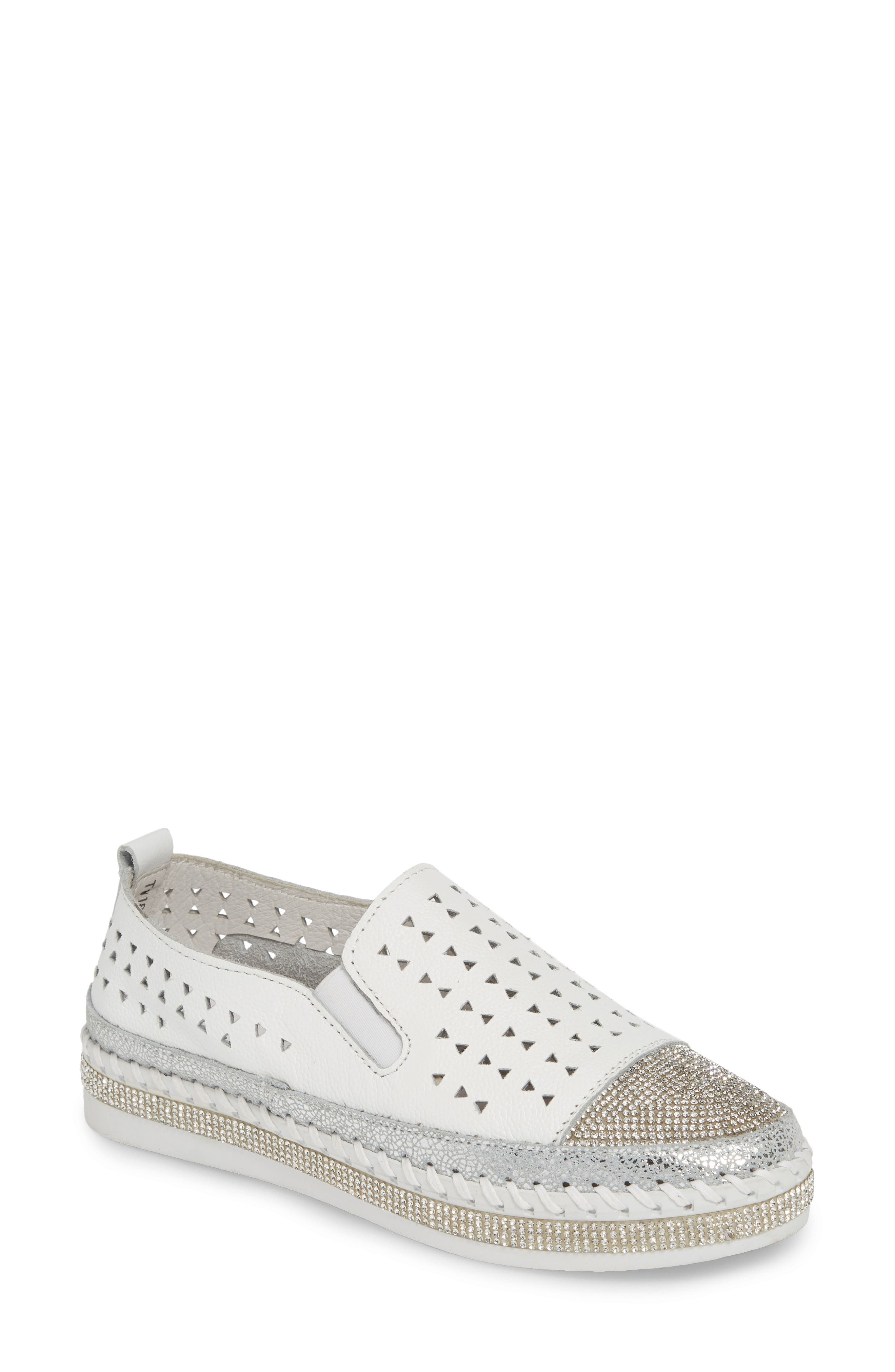 TW187 Perforated Slip-On Sneaker