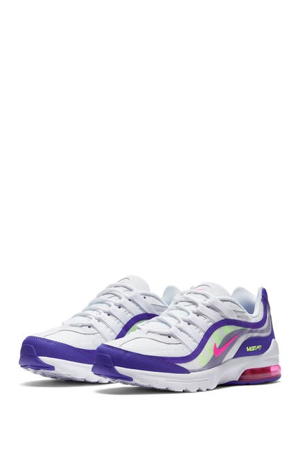 Image of Nike Air Max VG-R Sneaker