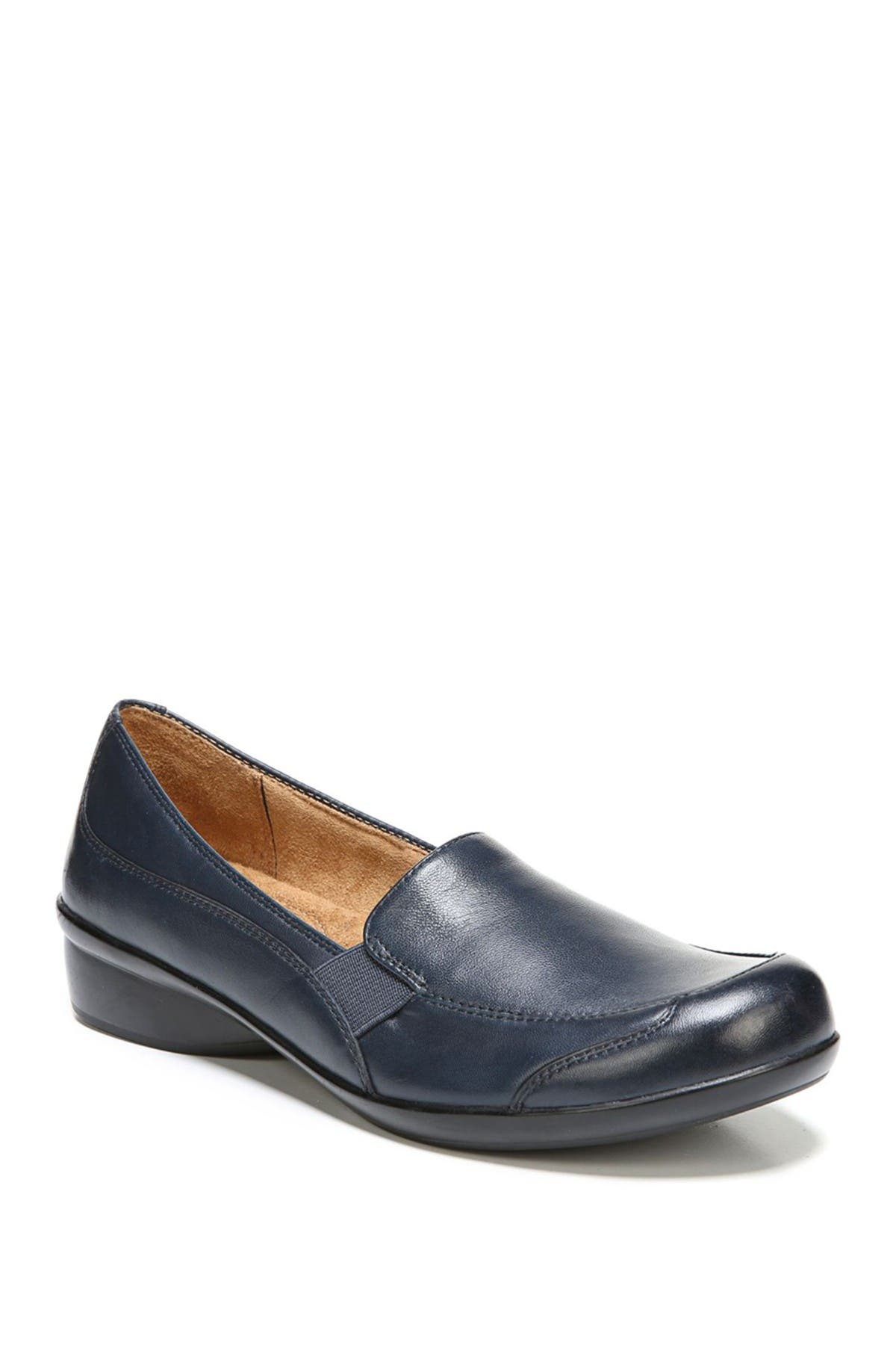 Image of SOUL Naturalizer Carryon Leather Loafer