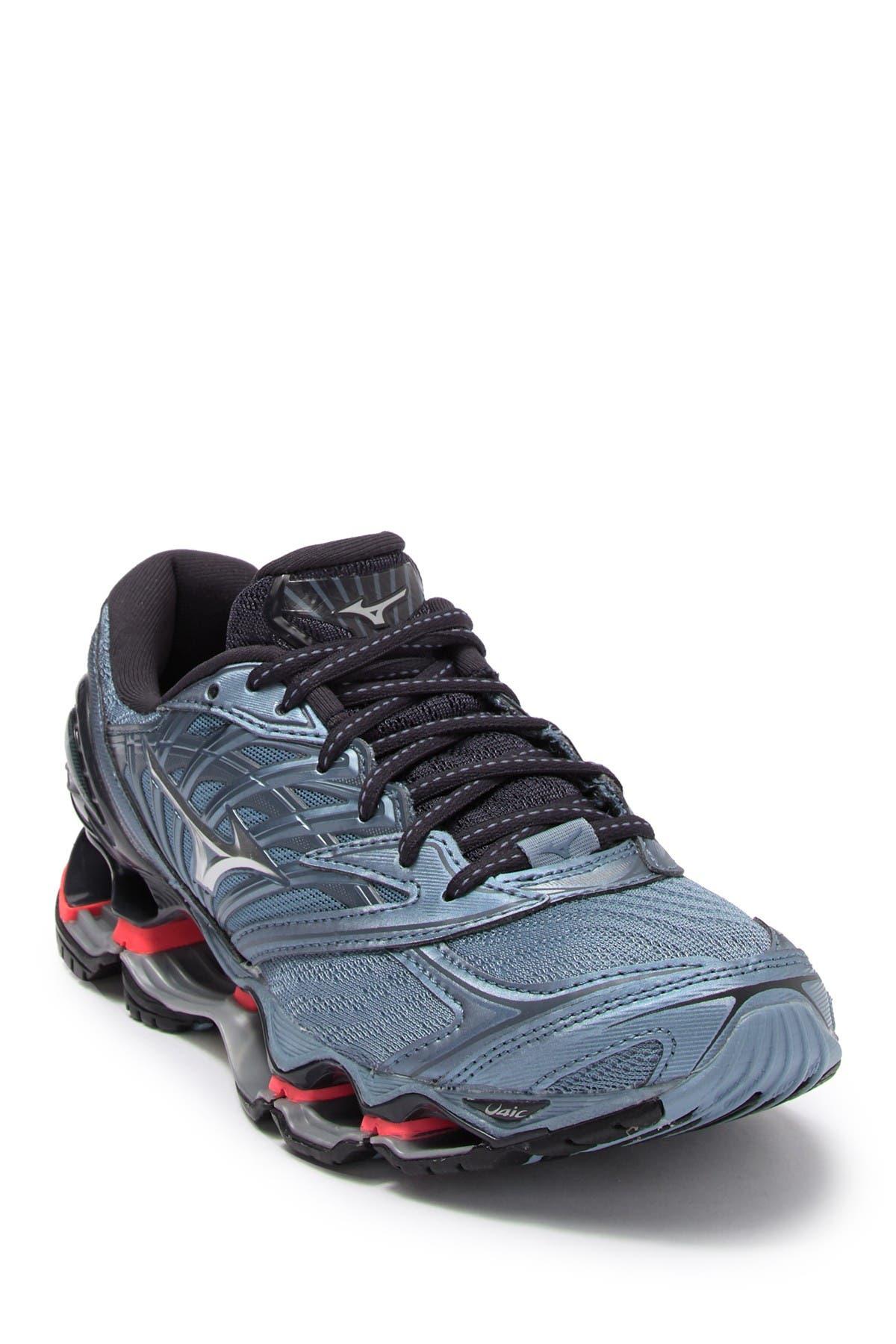 Image of Mizuno Wave Prophecy 8 Running Sneaker