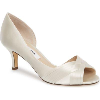Nina Contesa Open Toe Pump, White