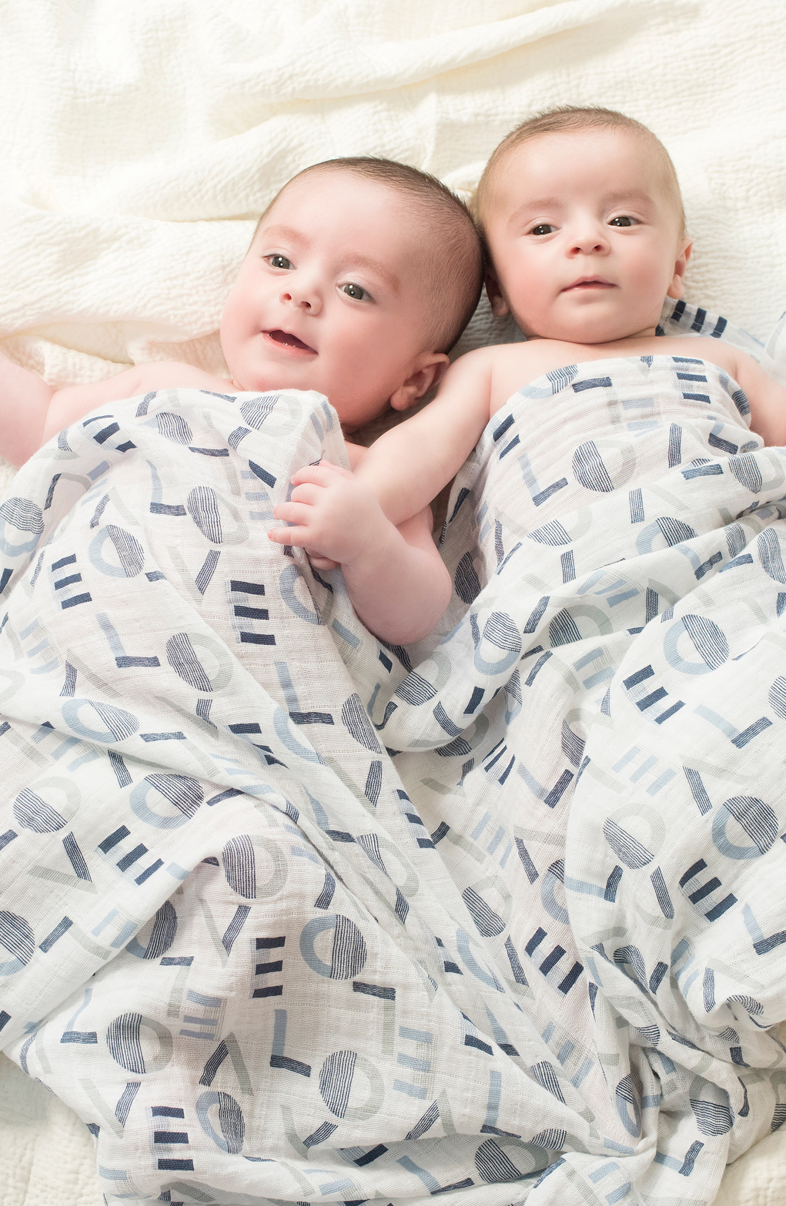 ,                             Set of 4 Classic Swaddling Cloths,                             Alternate thumbnail 3, color,                             WAVERLY