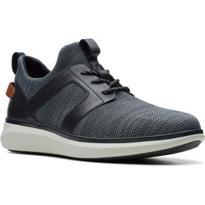 Clarks Un Globe Lace Up Sneaker- Black