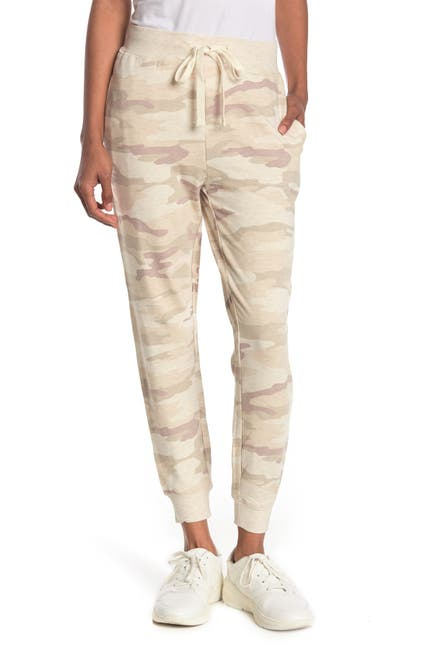 Image of THREAD AND SUPPLY Jacey Camo Print Joggers