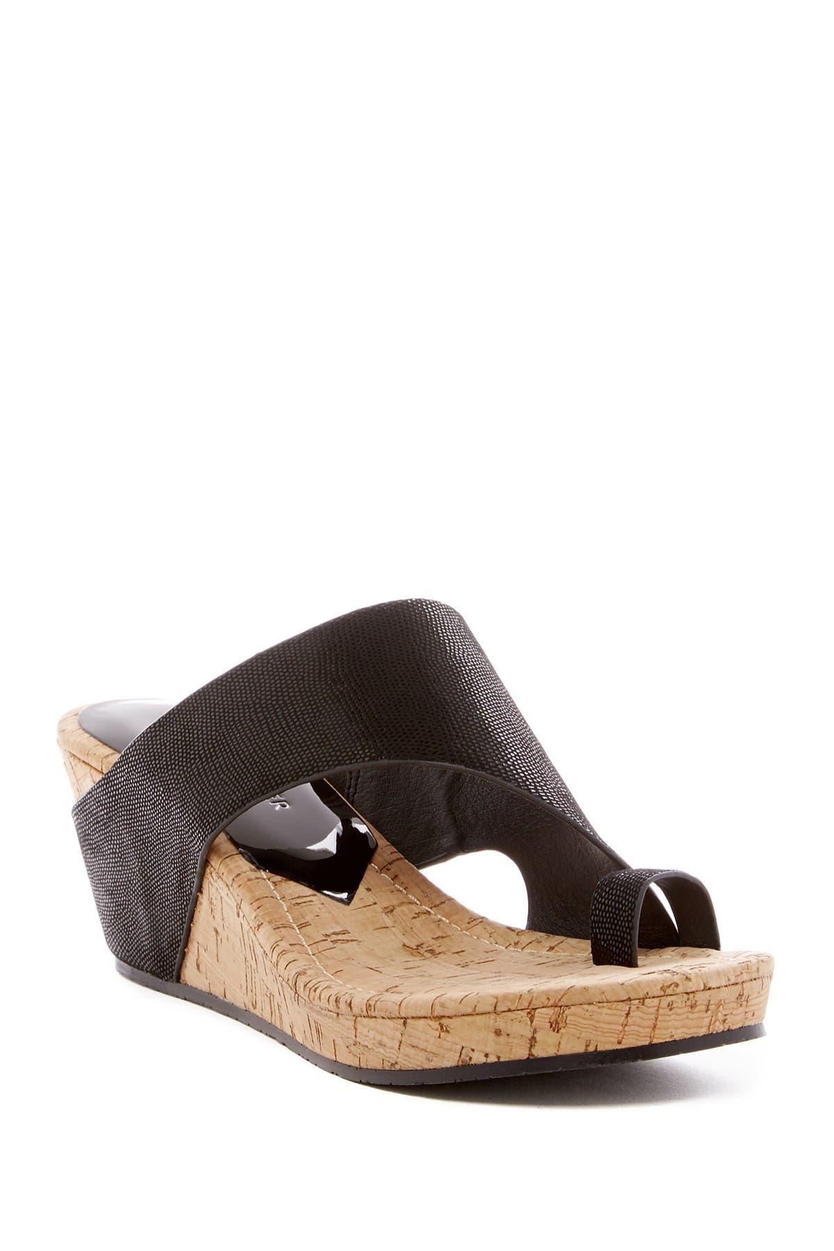 Image of Donald Pliner Gyer Wedge Sandal
