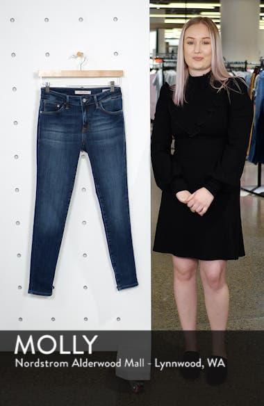 Adriana Skinny Jeans, sales video thumbnail