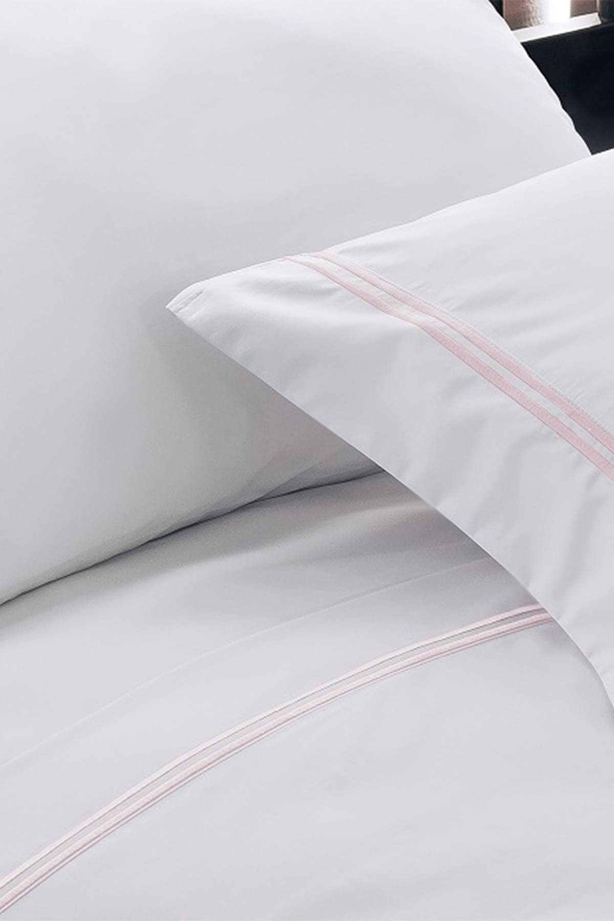 Image of Blue Ridge Home Fashions Hotel Suite 1200-TC Cotton-Rich Embroidered Sheet Set - King - Lilac