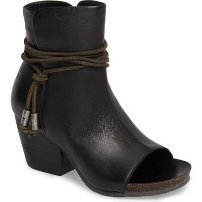Otbt Open Toe Bootie- Black