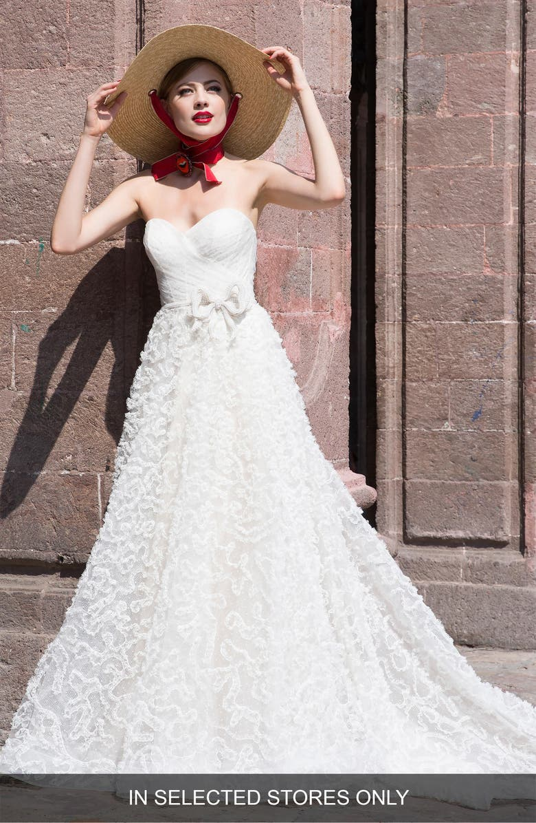 WATTERS Caerwyn Silk Lace & Dotted Tulle Strapless Ballgown, Main, color, 900
