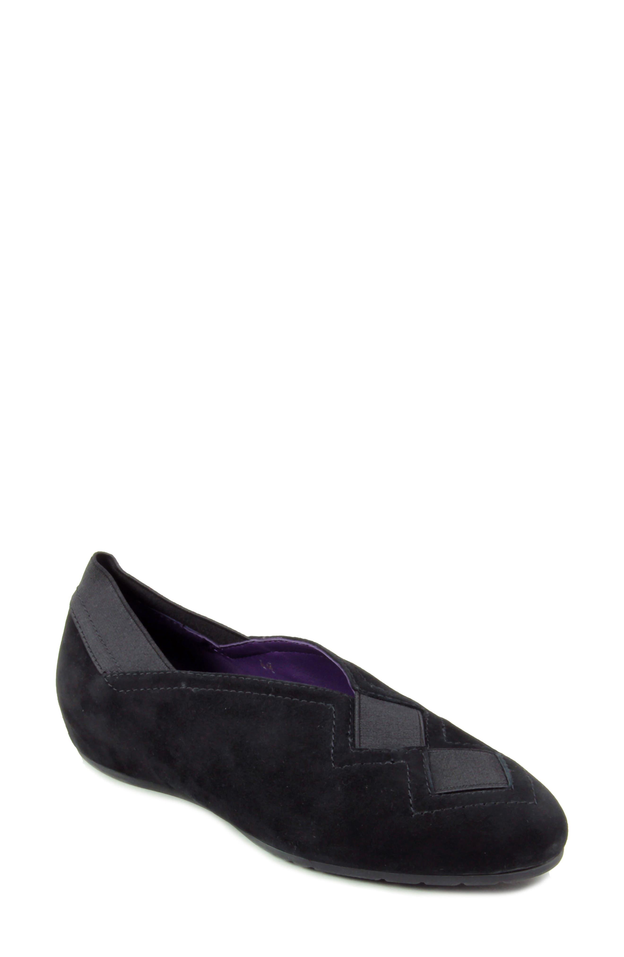 Vaneli Pandy Hidden Wedge Shoe- Black