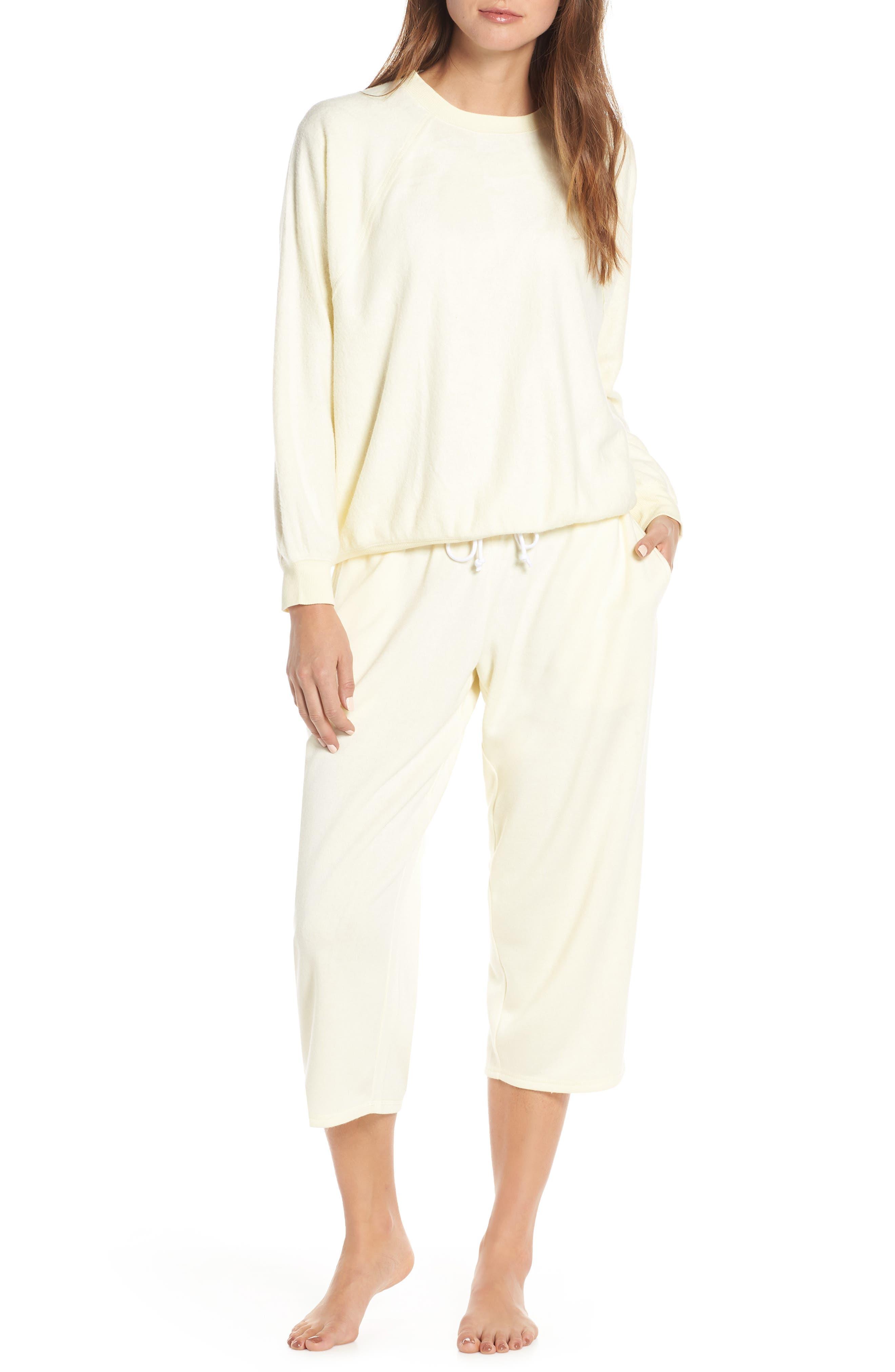 ,                             Cropped Fleece Pants,                             Alternate thumbnail 21, color,                             740